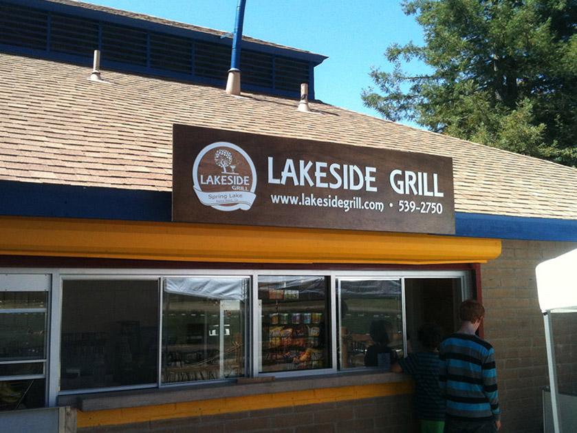 sign-lakeside4